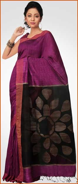 #Magenta and #Black Matka #Silk #Saree With #Blouse @ $165.40 | Shop Here: http://www.utsavfashion.com/store/sarees-large.aspx?icode=spn187