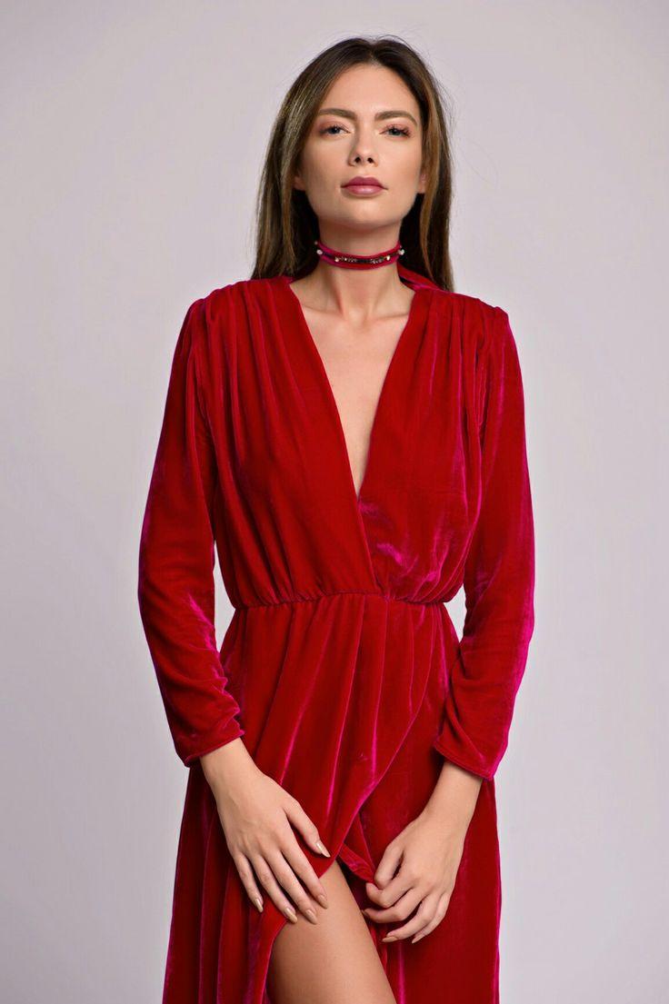 Asymmetric Magenta Silk Velvet Dress & MAGNOLIA's Magenta Alluring Choker Necklace  #asymmetric #magenta #silk #velvet #velvetdress #choker #velvetchoker
