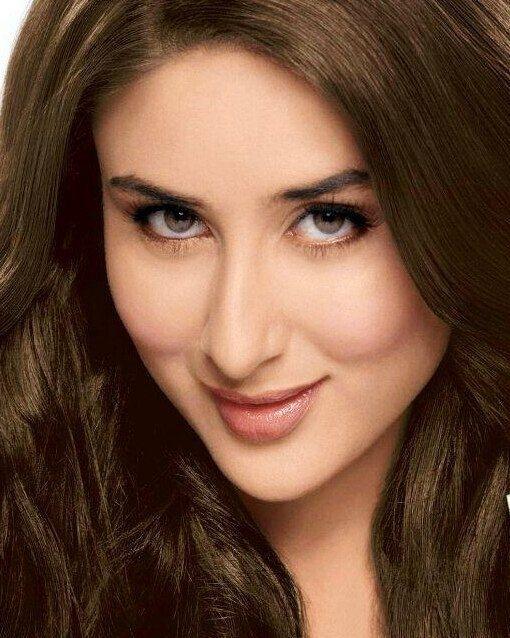 regram @bollywoodsmartpics Kareena Kapoor Khan  #kareenakapoor #KareenaKapoorKhan #kiandka #saifeena #SaifAliKhan #Bollywood #bollywoodactress #UdtaPunjab #Khabiekushikhabiegham #karishmakapoor #shahrukhkhan #kajol #Dilwale #aliabhatt #AishwaryaRai #AishwaryaRaiBachchan #AbhishekBachchan #TigerShroff #RanbirKapoor #ParineetiChopra #AnushkaSharma #ShahidKapoor #DeepikaPadukone #HrithikRoshan #AkshayKumar #katrinakaif #sonakshisinha #sidharthmalhotra #varundhawan #fawadkhan