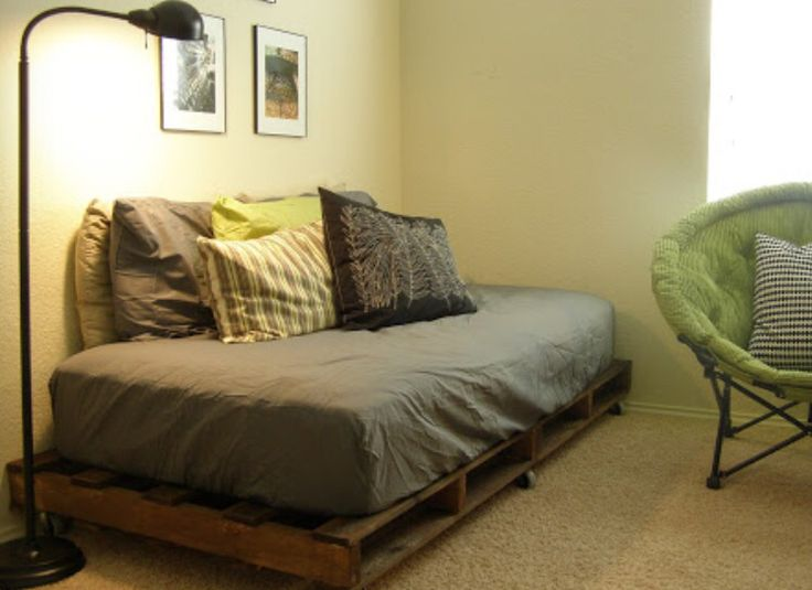 Bedroom Furniture Made Out Of Pallets 30 best wooden crates & pallet furniture images on pinterest
