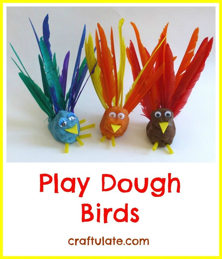 We made these play dough birds by adding feathers, straws, craft foam and googly eyes. Would be a great Thanksgiving craft.