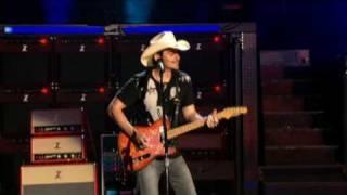 Brad Paisley - Ticks (Live), via YouTube.