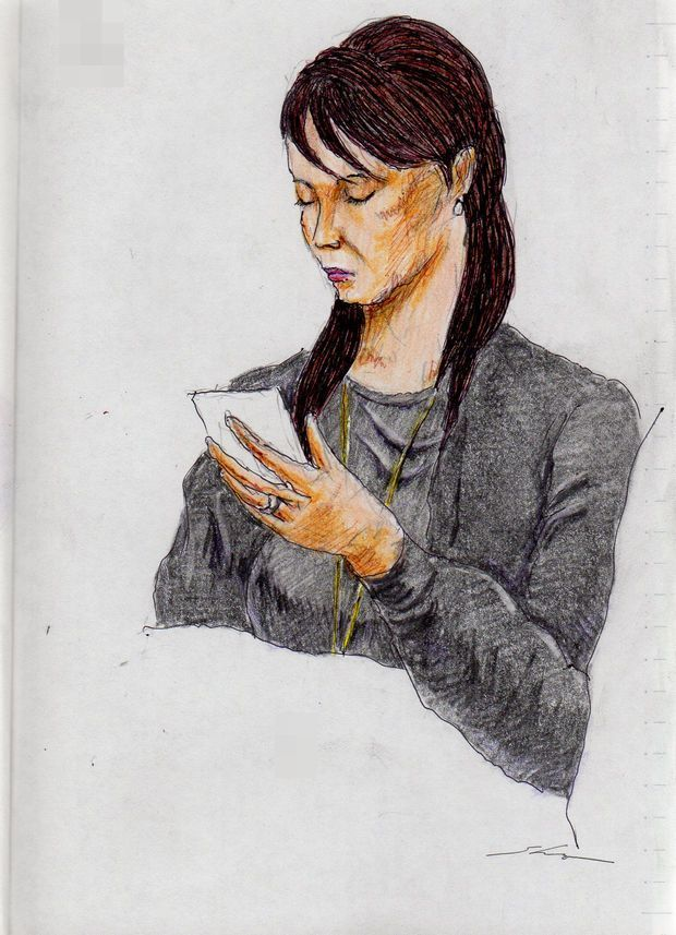 This is a sketch of the lady who put on the black cardigan I drew in the train.