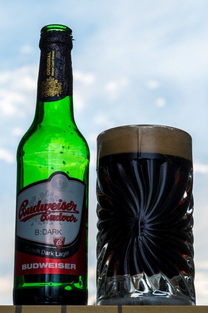 167  B:DARK de Budweiser Budvar.   Une dark lager industrielle venue de République Tchèque qui tient bien la route.  http://ift.tt/2k1wqO4 http://ift.tt/2y7gxff