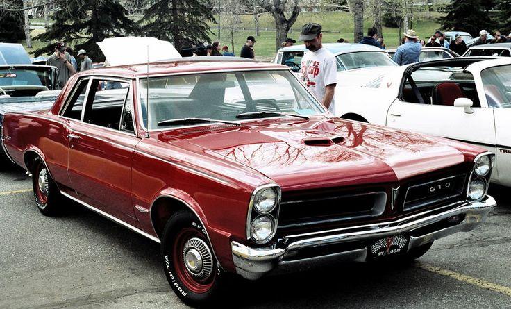 https://flic.kr/p/XdoF | Pontiac GTO | 1965 Pontiac GTO  [Spring Thaw car show, Calgary, Alberta, April 2005]