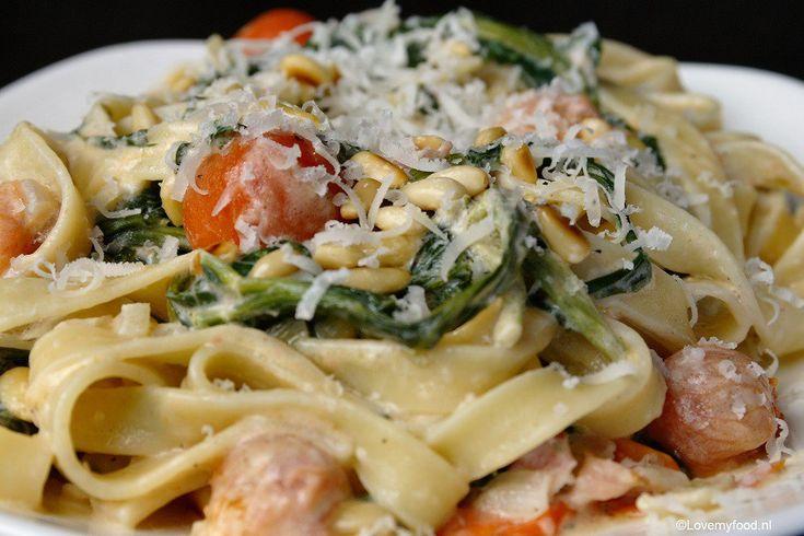 Tagliatelle met Boursin en spinazie