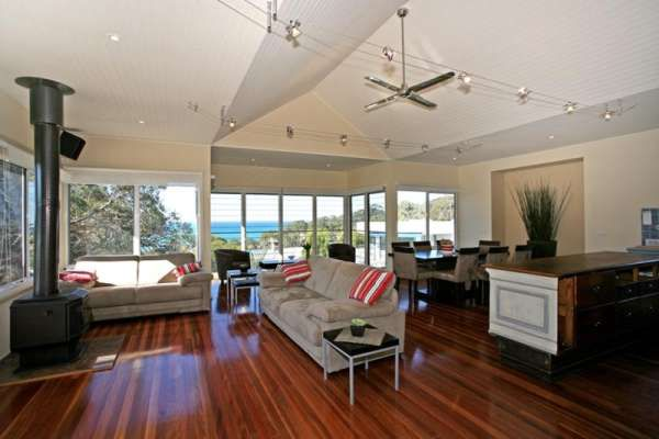 FERNVIEW Holiday House Lorne Great Ocean Road Accommodation