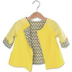 """Für diese Näh-Idee benötigen Sie:   • Baumwoll-Jersey """"Uni, Gelb"""" • Baumwoll-Jersey """"Streifen, Gelb"""" • Baumwoll-Jersey """"Hexagon, Gelb"""" • Allesnäher Pastellgelb • Schnittmuster """"Jacke"""" zum Downloaden   Stoffverbrauch: Größen 56 - 72: 40 cm Größen 80 - 92: 50 cm  Fertige Größe: 56-64-72-80-86-92. Schwierigkeitsgrad: mittel.  Bestellbeispiel für Meterware.  Meterware können Sie ab 30 cm in 10 cm Schritten bestellen. Als Menge dann nur noch die Meterzahl in cm eintragen, z. B. 1 m = 100 cm..."""
