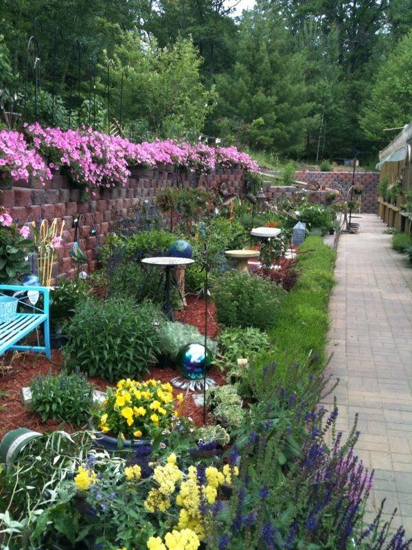 21 Memorial Garden Ideas 2019 Designs Elements Tips Ideas Backyard Diy Dad Formom Stones Pet Landscape Baby Design Bench Dog Flower