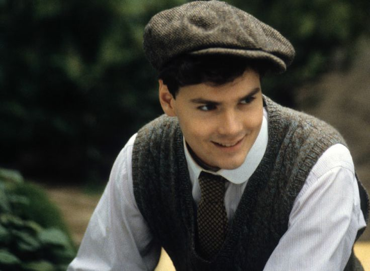 Forget Mr. Darcy...I want Gilbert Blythe! <<< okay i guess i have to pick Gil 'cuz he pursued her from the start... Darcy pursued her only after that big arguement.