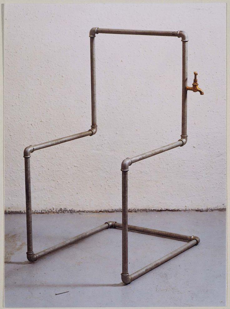 La sour de la cadira (poema-objeto) (El sudor de la silla [poema-objeto]) - Joan Brossa