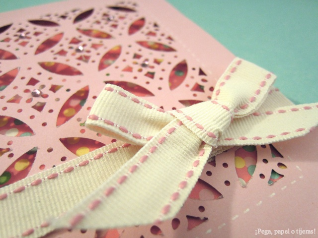 ¡Pega, papel o tijeras!: Tutorial: Troqueles All Over The Page