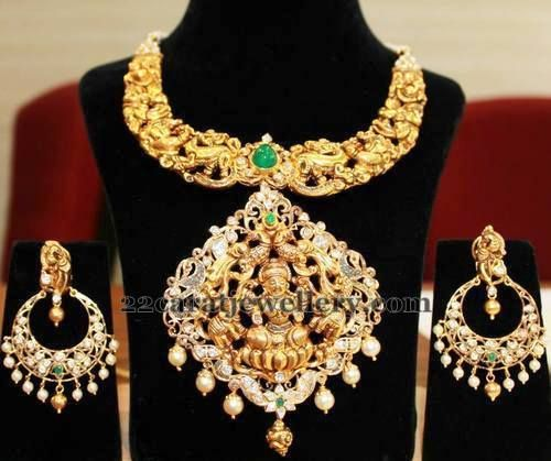 http://www.22caratjewellery.com/2015/07/royal-gold-necklace-cahndbalis.html