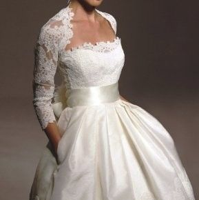 Awesome Trendy Lace Shrugs For Bridals   Weddings Eve