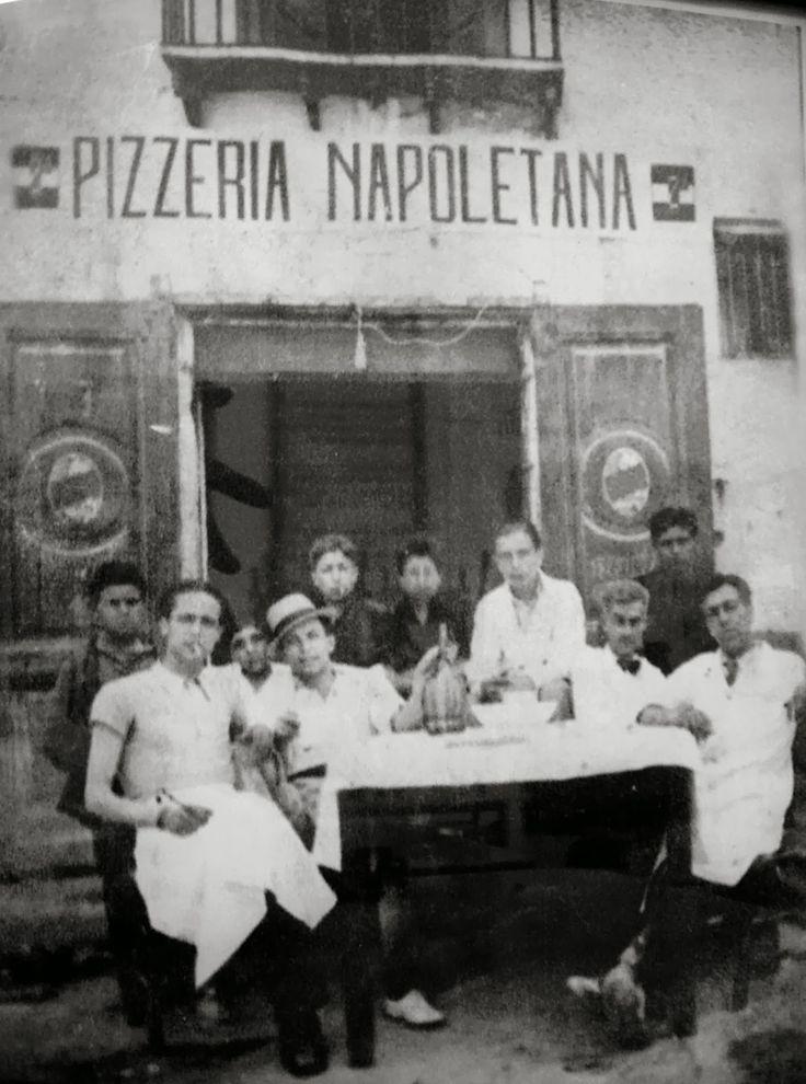 Italian Vintage Photographs ~ Historical Neapolitan pizza makers