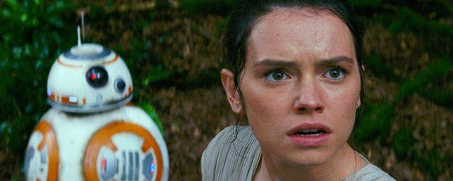 """Et si l'héroïne du """"Réveil de la Force"""" avait en fait des origines royales ? En attendant l'épisode VIII, c'est en tout cas ce qu'imagine une nouvelle théorie de fan née sur les forums de Reddit..."""