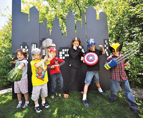 Superhero-Themed Drinks | MARVELous Superhero Themed Birthday Party // Hostess with the Mostess ...