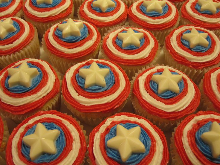 25 Best Ideas About Captain America Cake On Pinterest