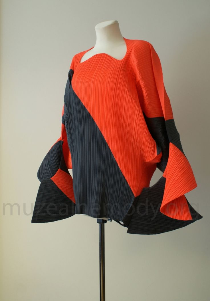 ISSEY MIYAKE tunic, Pleats Please, 1991