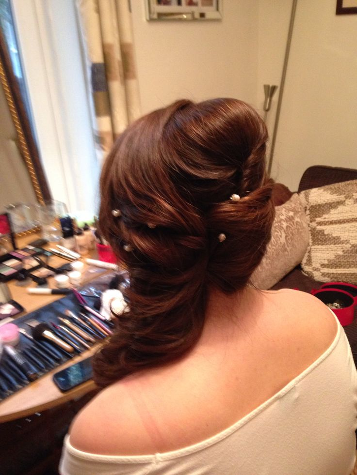 Gorgeous side sweep www.andreaelsby.com