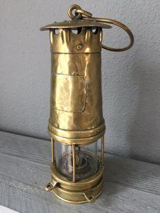 Authentieke mijnwerkers safety lamp