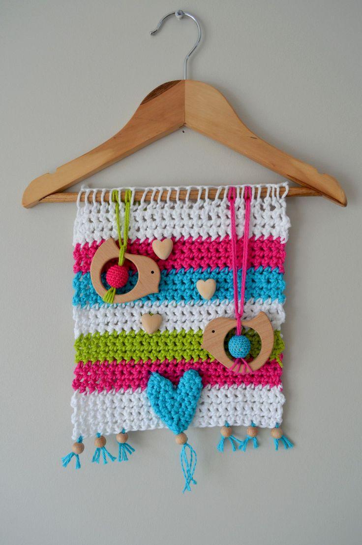 Suspension/tapisserie/mobile de bébé fait main au crochet avec