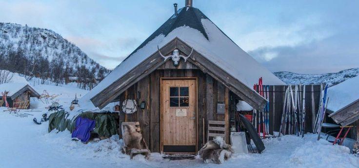 Scopri tutto ciò che l'inverno Artico ha da offrire: visita la Groenlandia! Partenze garantite, viaggio personalizzabile #groenlandia #inverno2017 #viaggioesperienza #leviedelnord