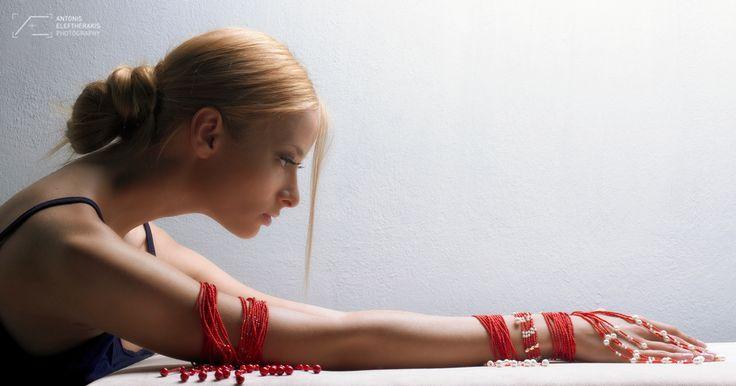 Styling:Rena Gantzaki Make up:Froni Stamatiadi