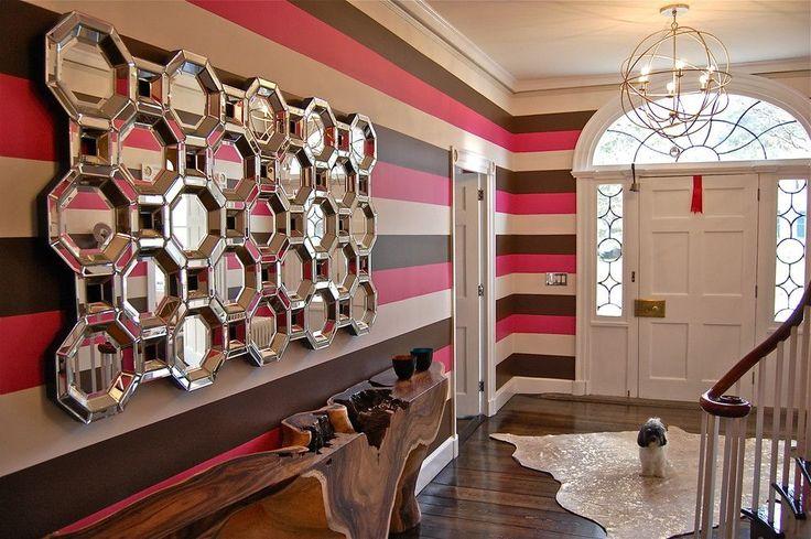 60 идей зеркальной стены в интерьере: расширяем пространство красиво http://happymodern.ru/zerkalnaya-stena/ Зеркала и горизонтальные полосы визуально расширят пространство