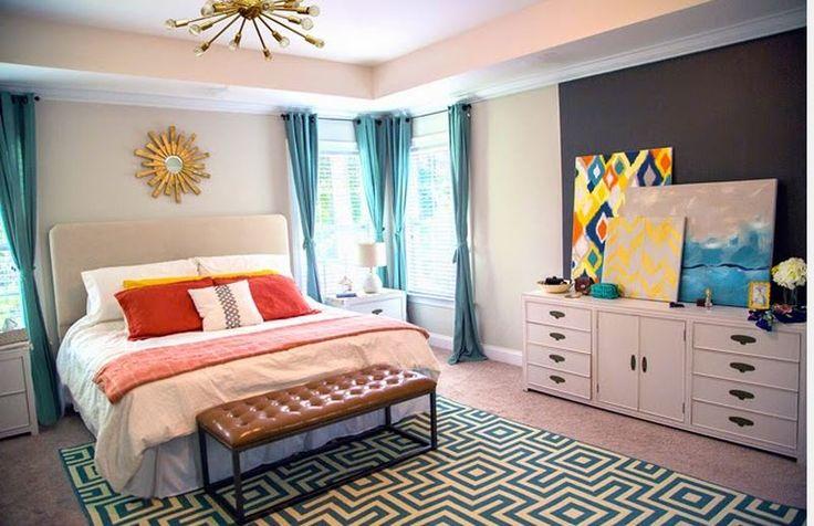 Herkes yatak odasına olduğundan daha çok özen gösterir. Yatak odasını ferah göstermek çok önemlidir. Bunu da mobilyaları sade tutup perdeleri canlı seçerek odaya renk katabilirsiniz. Turk
