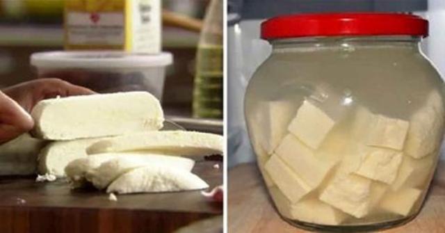 Lapte, smântână şi suc de lămâie - e TOT de ce aveți NEVOIE pentru a prepara cea mai BUNĂ brânză de casă! - Reteta ta
