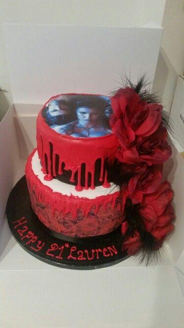Vampire diaries cake