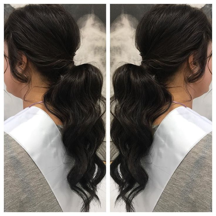 Pony G O A L S  #ponytail #lowpony #lowponytail #hairup #hairdo #hairstyle #hairstyles #brunette #waves #curls #wavyhair #ghd #ghdcurls #weddinghair #weddinghairdresser #bride #hairideas #hairgame #maidenempire #hairbybessy #bybessy