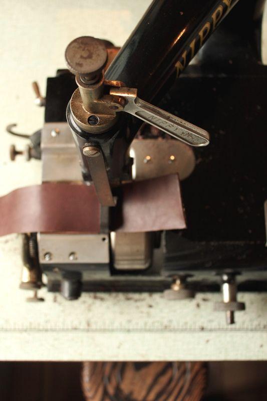 Leather Skiving Machine