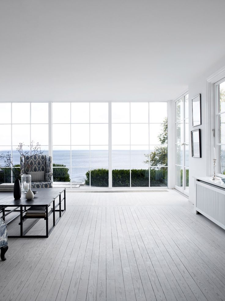 Baie vitrée avec vue sur mer #deco #decoration #architecture #design #maison #ocean #houses #interiors