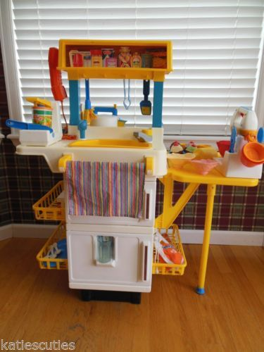 Vintage fisher price play kitchen fun with food cupcake - Cuisine bilingue fisher price ...
