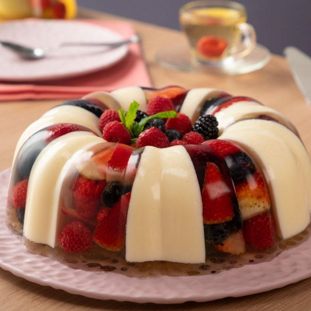Gelatina De Chocolate Blanco Con Frutos Rojos Receta Gelatina