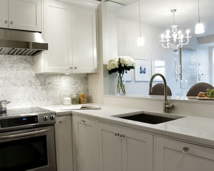 Best Deslaurier Custom Cabinets Kitchens White Shaker 400 x 300