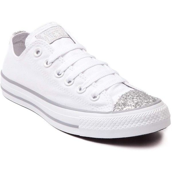 Womens Converse Chuck Taylor All Star Lo Glitter Toe Sneaker (¥10,485) ❤ liked on Polyvore featuring shoes, sneakers, white low top shoes, low profile sneakers, converse shoes, white sneakers and star sneakers