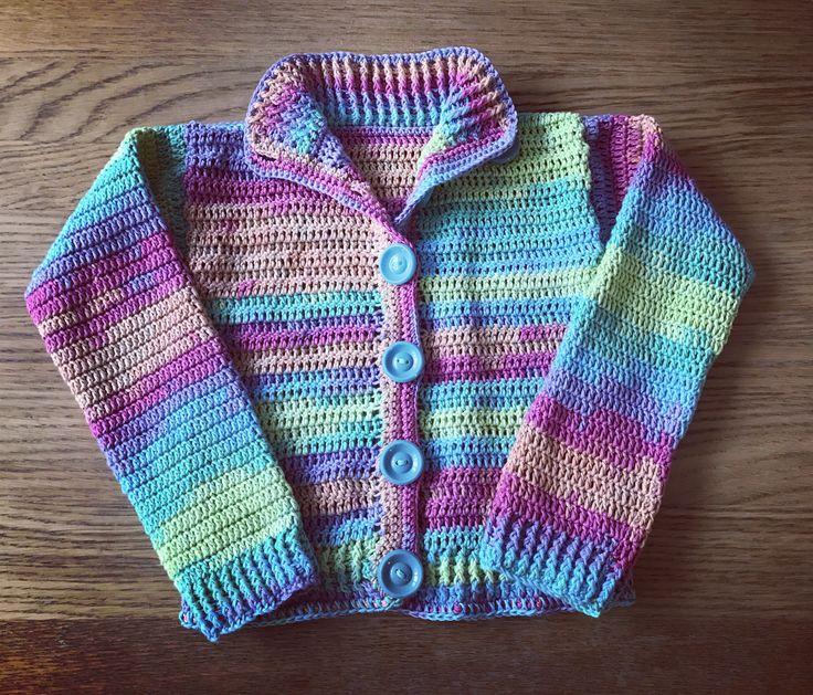 Dětský háčkovaný svetřík