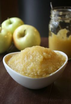 How To Make Applesauce. No Artifical Colors, Flavors, or Perservatives!