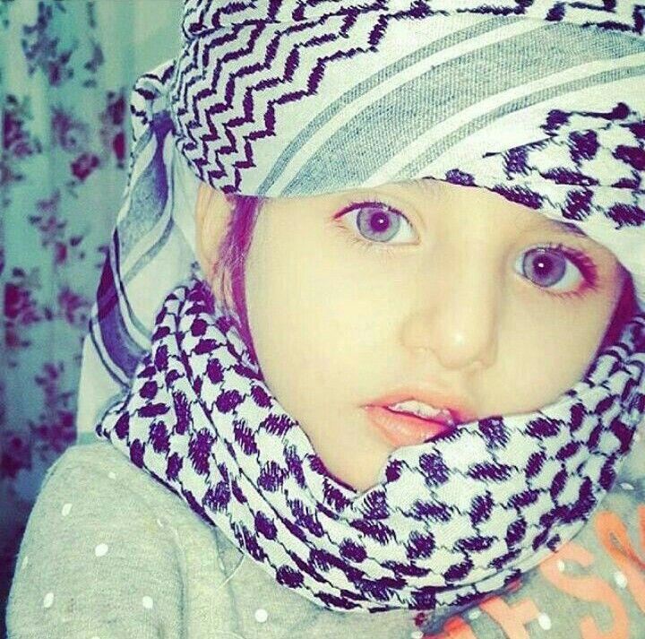 Yemeni (?) Arab Muslim Children (Yemen (?)) #Children #Kid #People #Human #Kufiya #Scarf #Costume