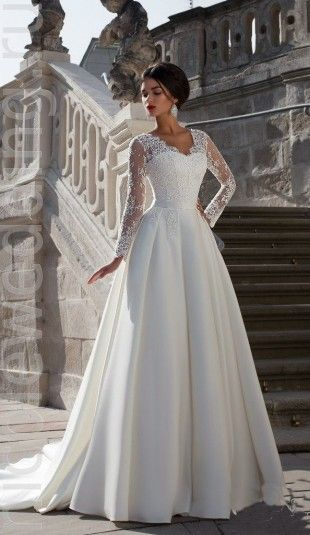 Атласное свадебное платье с кружевным верхом