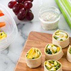 Préparez la salade aux œufs à l'avance et enroulez-la rapidement dans une tortilla le matin quand vous faites votre boîte à lunch.