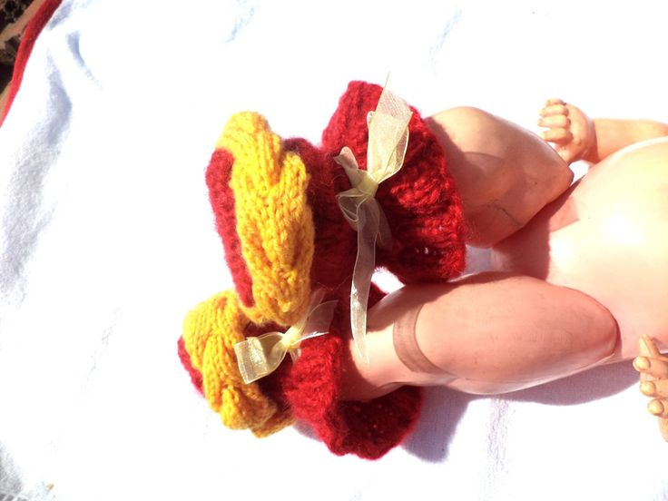 Knitted boties