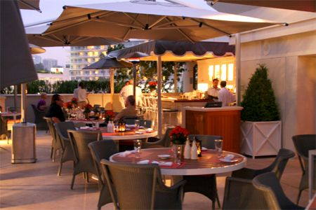 Dining Room at The Roof Garden, Beverly Hills, CA