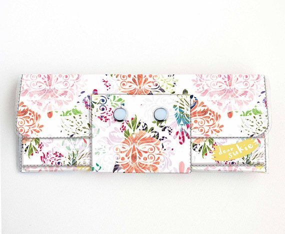 Check out this item in my Etsy shop https://www.etsy.com/ca/listing/512177248/vinyl-long-wallet-joyful-spring2-floral