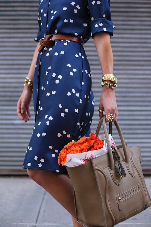 a printed dress cinched with a belt is a Spencer Hastings go to