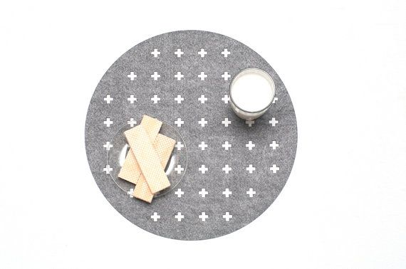Set Round Placemats / Swiss Cross / Scandinavian by WoollyClouds