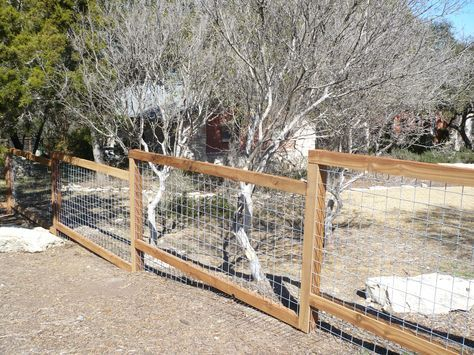 wire fence | Antonio Fence Contractor - Wood Fences San Antonio, Commercial  Fences . - 25+ Best Ideas About Welded Wire Panels On Pinterest Wire Fence